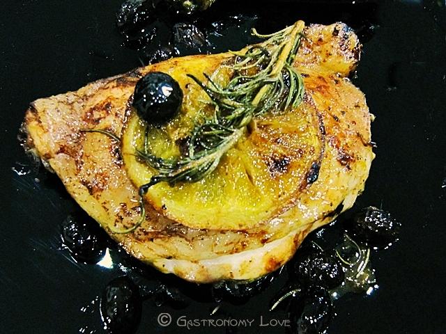Pollo all'arancia e olive nere