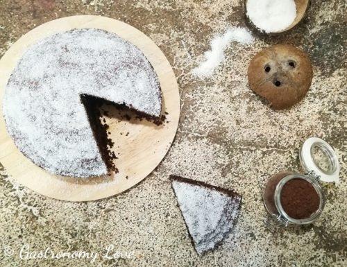 Torta soffice al latte di cocco e cacao