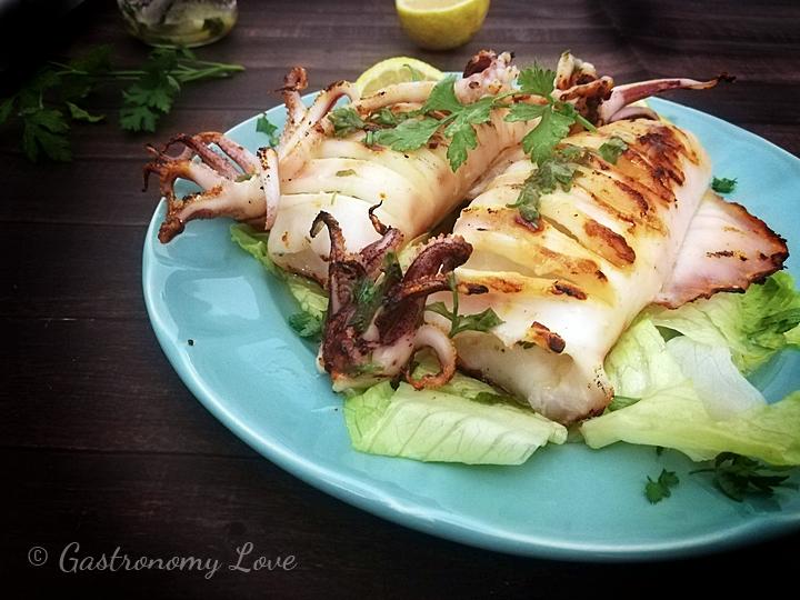 Calamari alla griglia teneri e gustosi pronti in pochi minuti