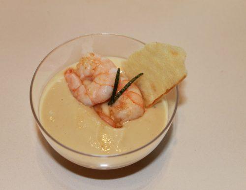 Finger food di hummus di ceci e gamberi al rosmarino