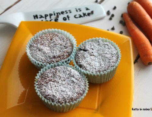 Muffin alle carote e gocce di cioccolato