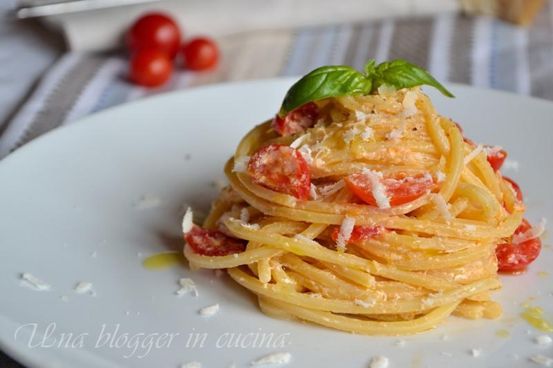 spaghetti alla chitarra con ricotta e pendolini (1)
