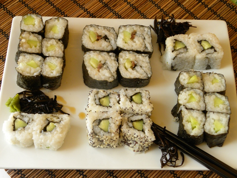 temaki sushi how to eat