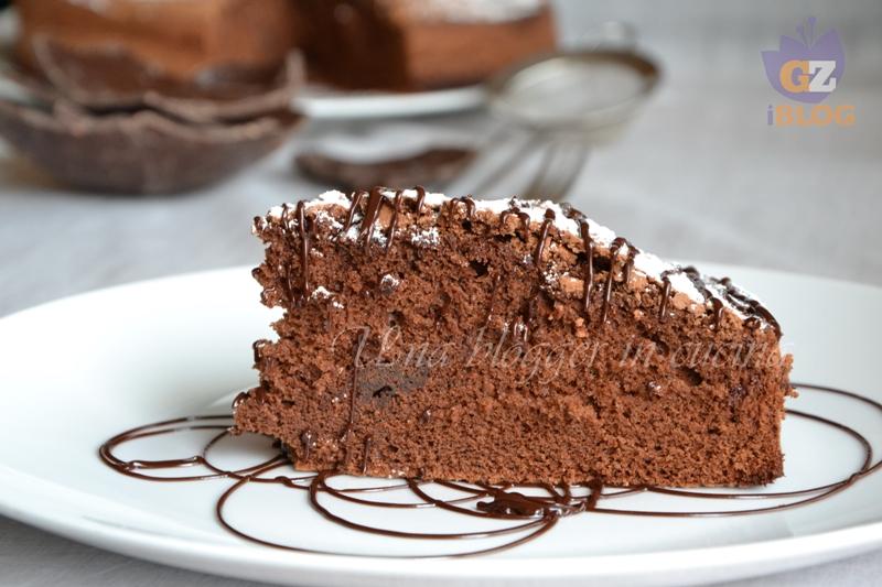torta al cioccolato con uova di pasqua (2)