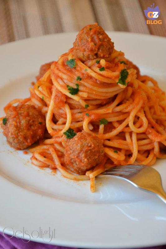 spaghetti meatballs vert