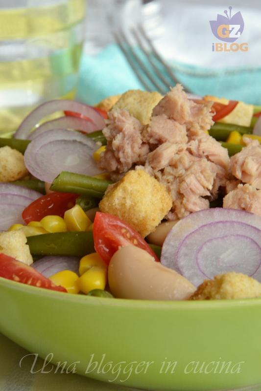 insalata di fagioli, fagiolini, tonno, cipolla mais (2)