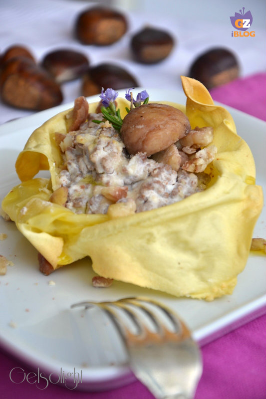 lasagnetta aperta con ragù bianco e castagne vert