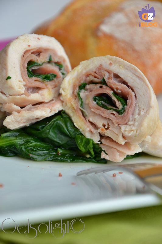 rolatine di pollo al vapore con prosciutto e spinaci vert