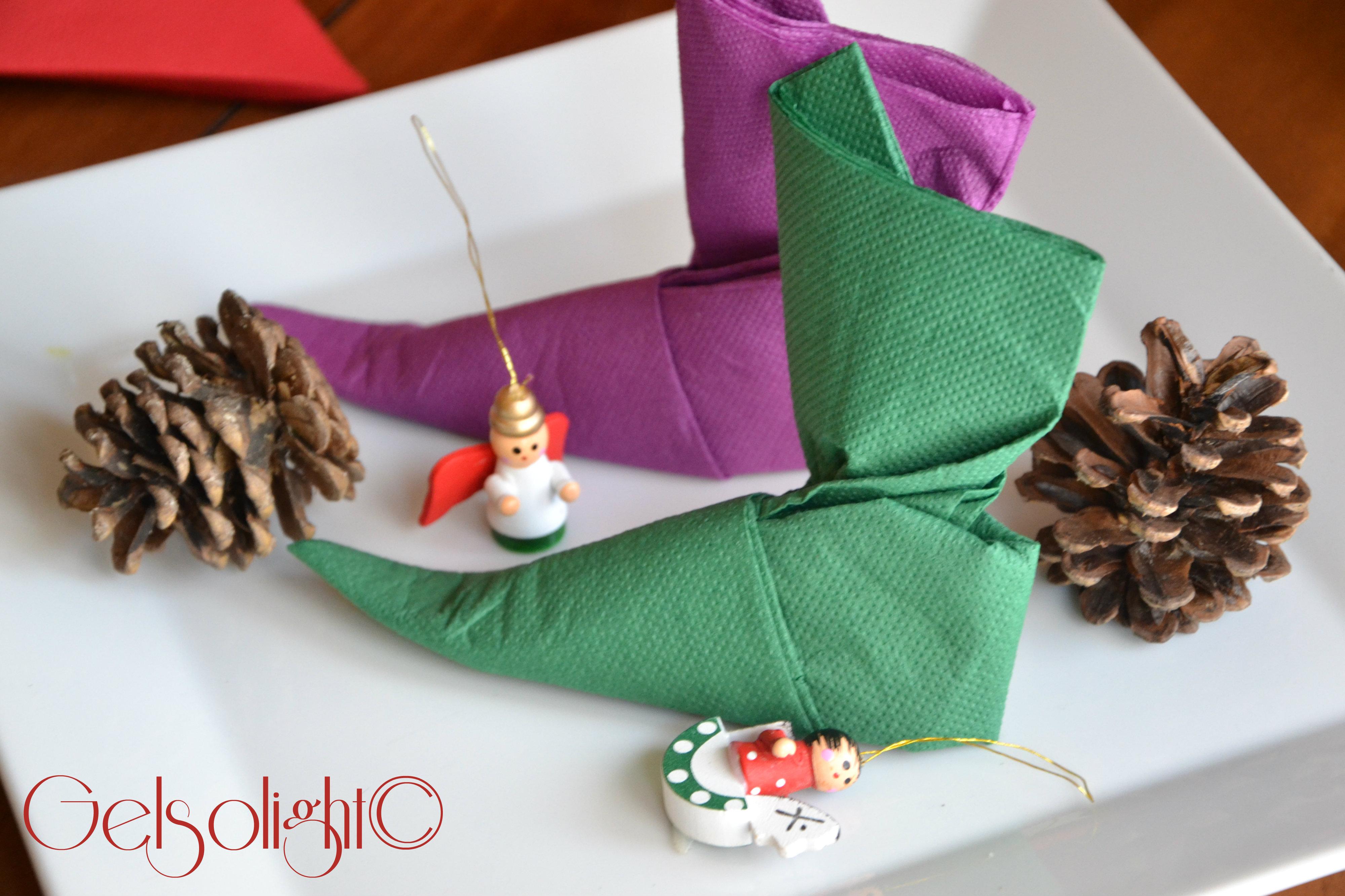 Tovaglioli A Forma Di Stella Di Natale.Piegare I Tovaglioli Per Natale Con Videotutorial