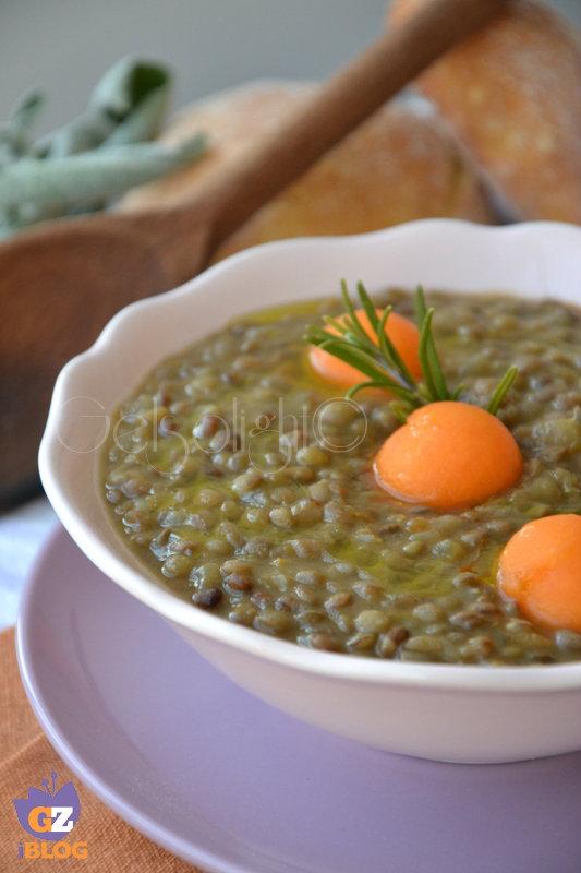 minestra di lenticchie valle grana con palline di zucca gialla vert