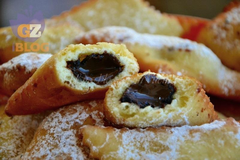 Bugie ripiene di carnevale al forno e fritte for Miglior forno