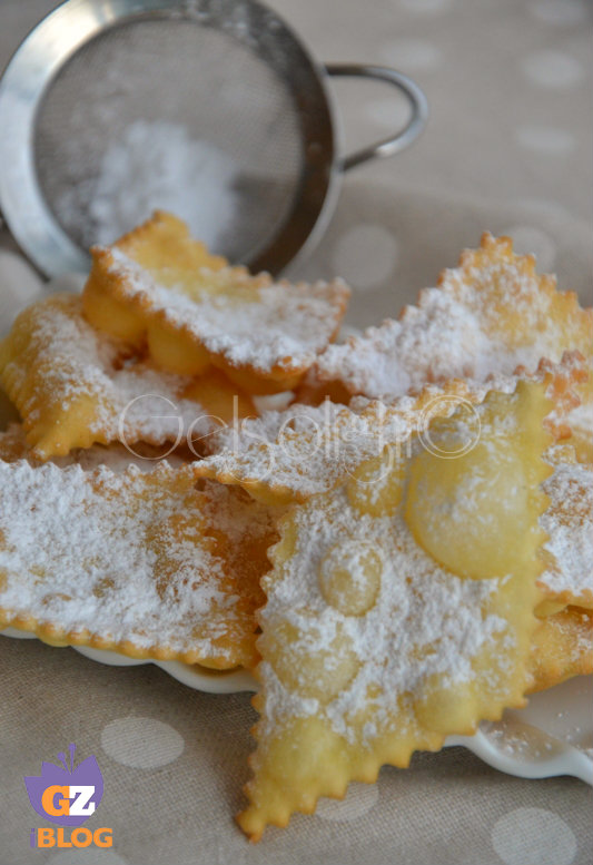 chiacchiere fritte carnevale vert