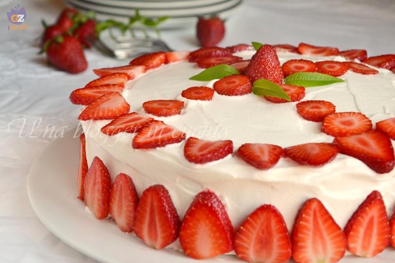 torta paradiso con crema allo yogurt e fragole (3)