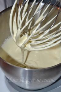 torta paradiso con crema allo yogurt e fragole (4)
