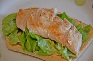 Composizione panino 1 - insalata e pollo