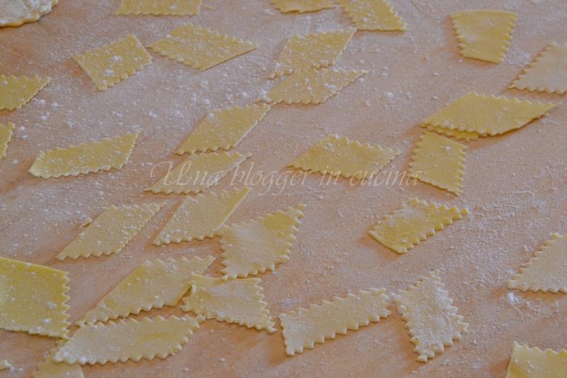 maltagliati al pesto di pistacchi e mazzancolle (4) - Copia
