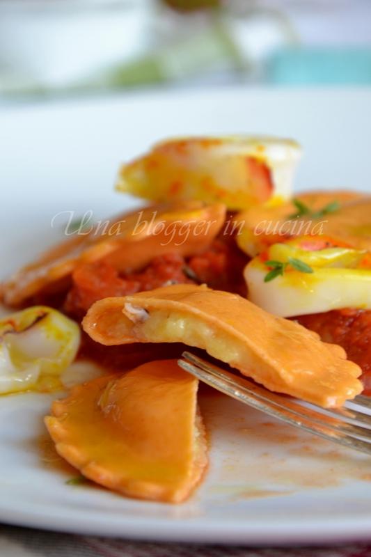 Mezzelune al pomodoro con sorpresa  (2)