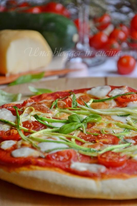 pizza zucchine scamorza ciliegini (3)
