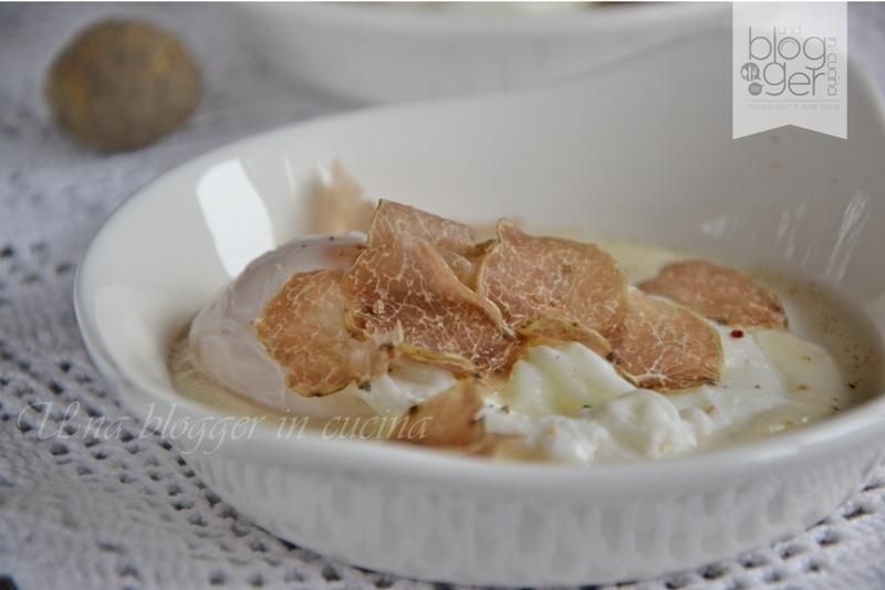 uovo in camicia con fonduta al parmigiano e tartufo  (1)