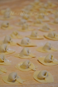 Cappelletti in brodo (11)