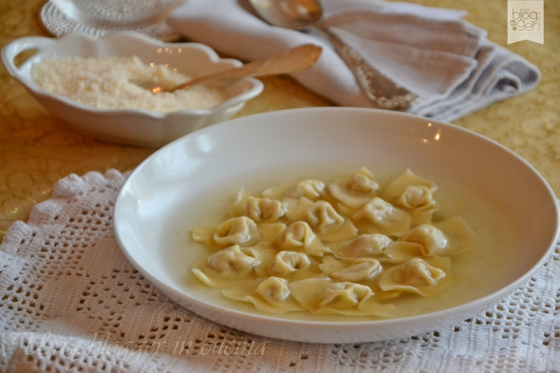 Cappelletti in brodo (13)