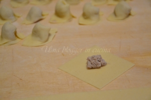 Cappelletti in brodo (7)