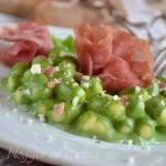 Chicche di patate in crema di spinaci e Castelmagno con rose di crudo di Parma (4)