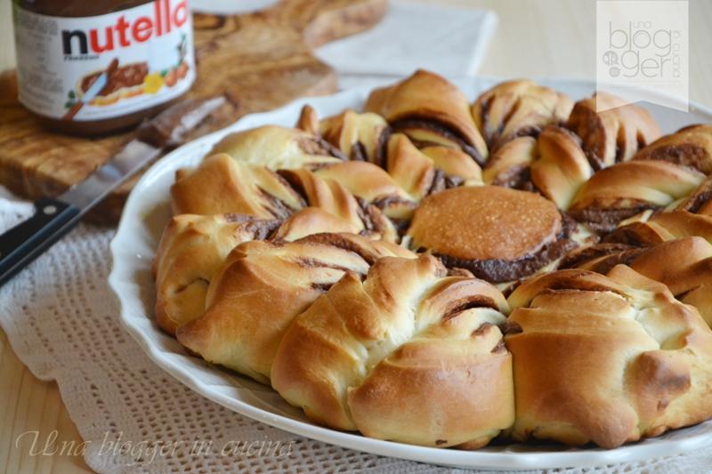 Stella di pan brioche alla nutella (11)
