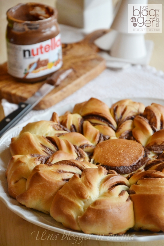 Stella di pan brioche alla nutella (12)