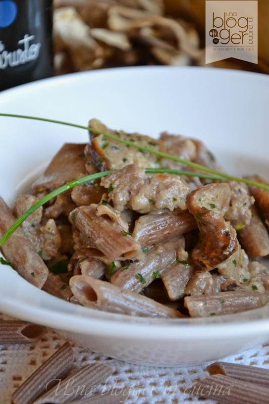 penne al farro con porcini e salsiccia (2)