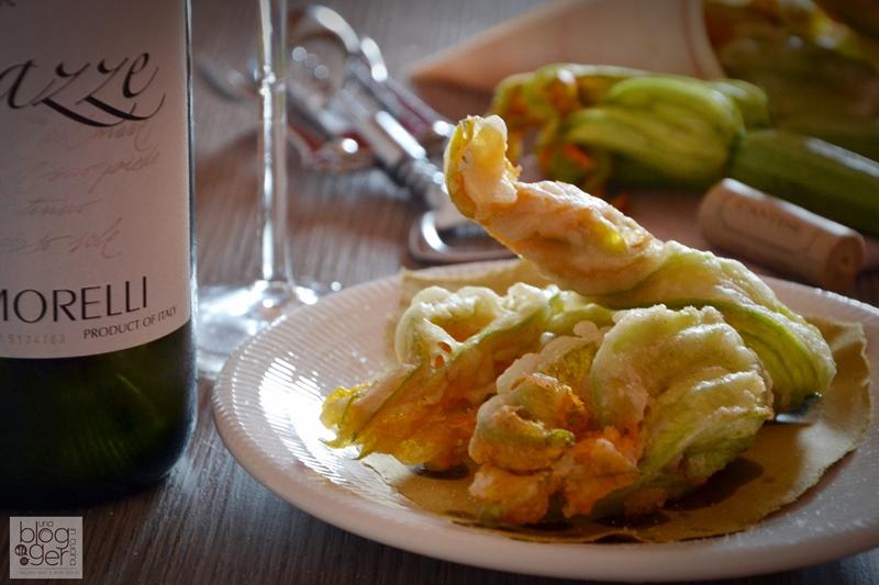 Fiori di zucca in tempura ripieni (8)