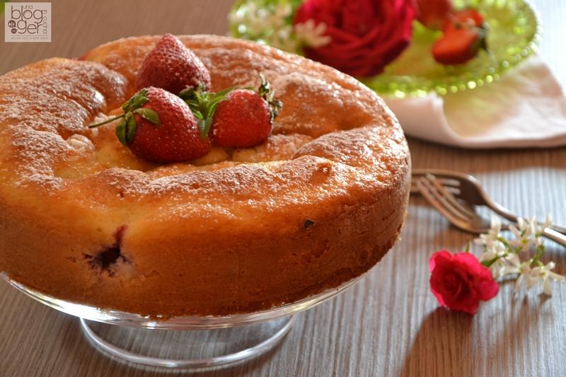 Torta ricotta e fragole (5)