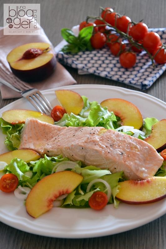 Salmone al vapore con insalatina di pesche (2)