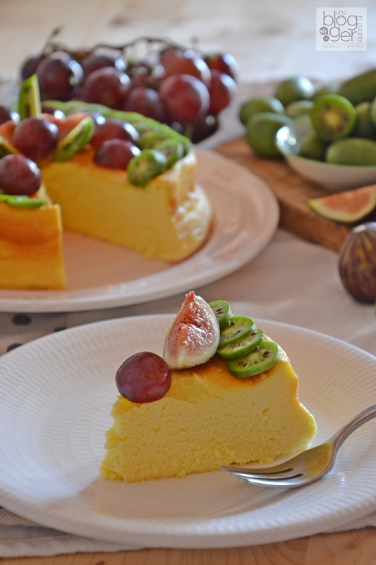 Soufflè cheesecake con nergi e frutta (1)