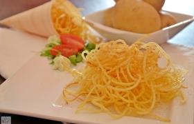 Spaghetti di patata alla paprika
