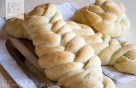 Treccia di pane a sei capi