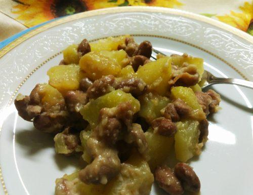 Fagioli e patate in padella ricetta rustica