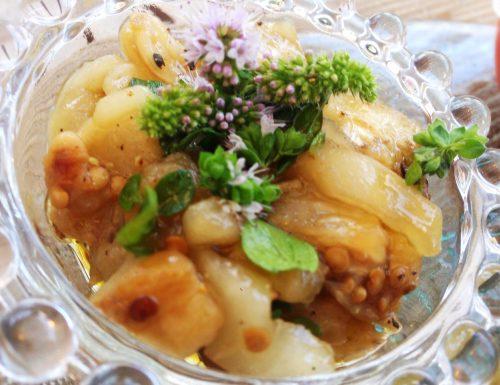 Crocchette di bulgur con salsa dip di melanzane e datterini profumata con peperoncino affumicato e zenzero