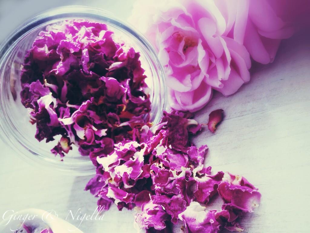 Petali di rosa essiccati, rosa, essiccare