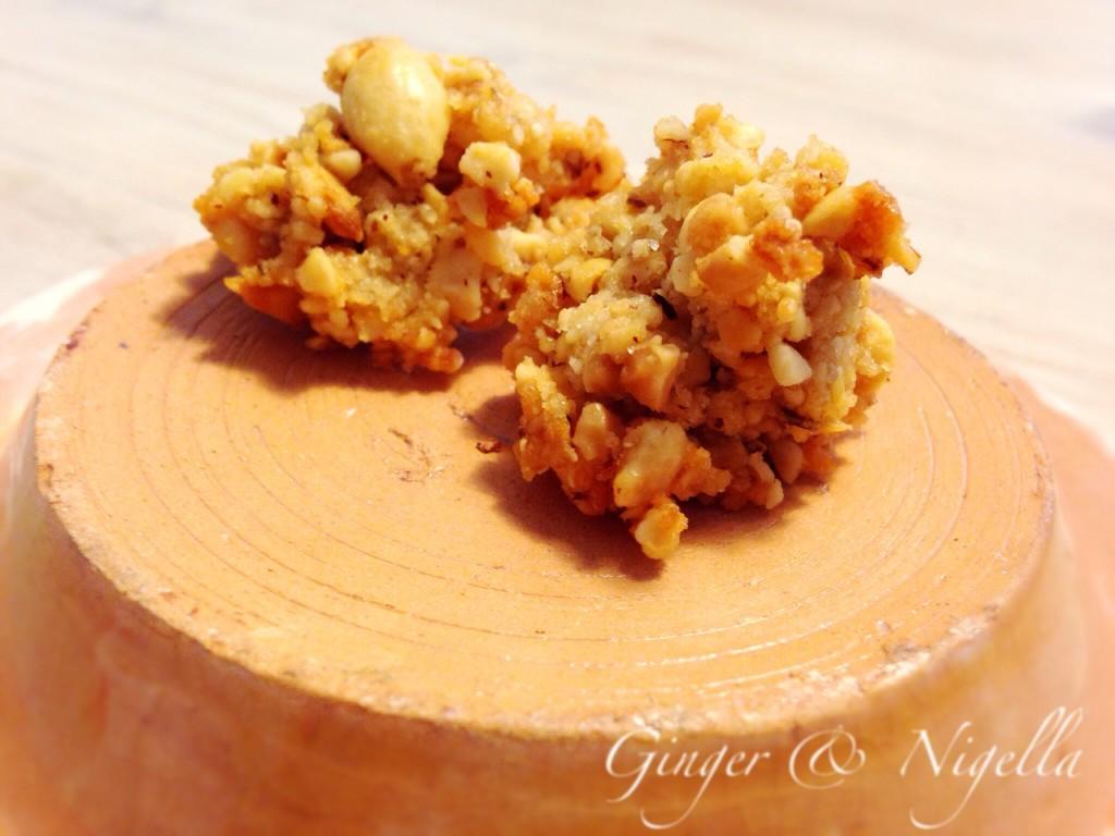 Brutti e buoni alle arachidi. brutti e buoni, arachidi, Montersino