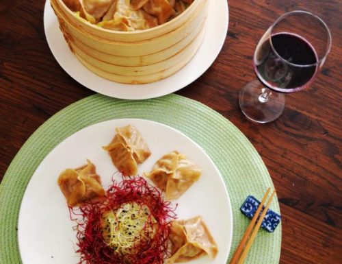 Ravioli Cinesi Jiaozi al vapore con carne e verdura