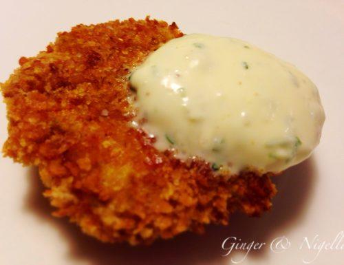 Croccanti bocconcini di pollo al Curry di Goa cotti al forno con salsa sour cream alla menta