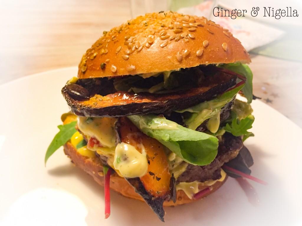 Zucca Mantovana arrosto con erbette e semi di zucca,hamburger