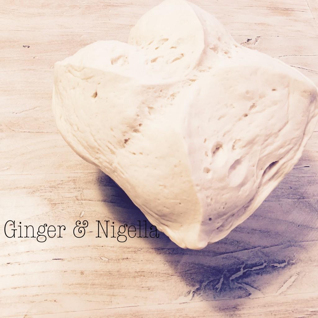 alga nori, aperitivo, bocconcino, farina di riso, Giappone, lievito naturale, onigiri bread, pane bianco, pane con farina di riso, pasta madre, piccoli panini, snack
