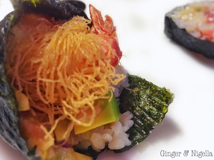 mondo, Giappone, Mare avocado, cucina etnica, Cucina Giapponese, gamberi, gamberi in pasta kataifi, Giappone, kataifi, lime, mango, pesce crudo, salsa di soia, sushi, temaki, wasabi
