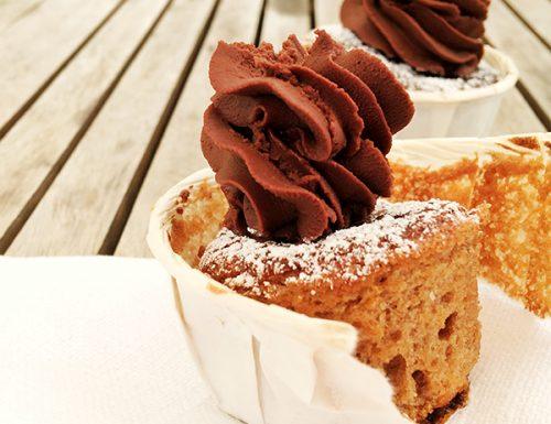 Cupcake 100% cioccolato con ganache al cioccolato fondente Guanaja