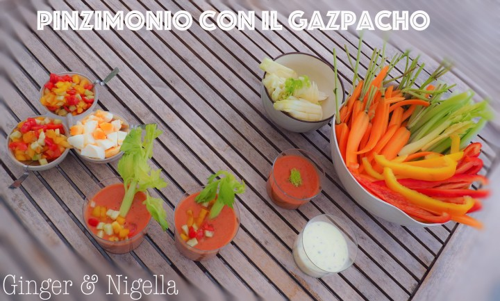 antipasto, aperitivo, cetriolo, cucina dal mondo, cucina spagnola, finger food, Gazpacho Andaluso, pinzimonio, pomodoro, salsa, salsa dip, Spagna, vegano, vegetariano, verdure, zuppa, zuppa di pomodoro, zuppa fresca