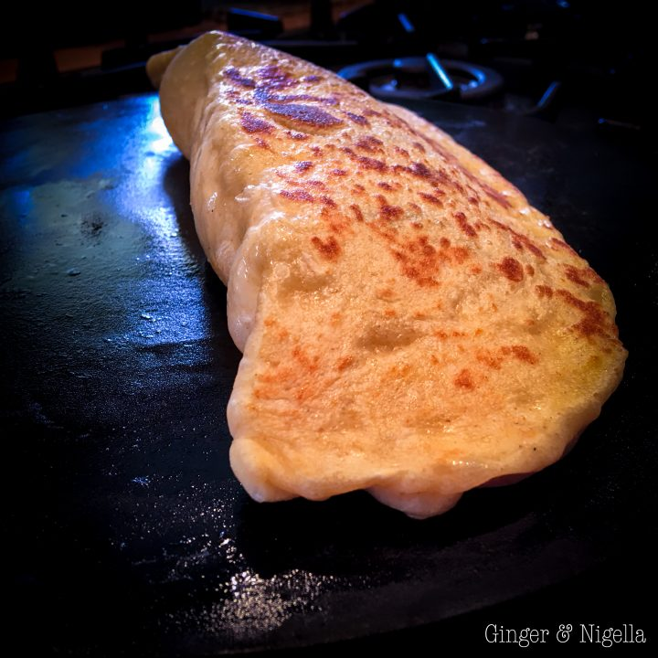 come fare il paneer, cucina indiana, curry di Bollywhood, formaggio indiano, india, lievito naturale, naan, Pane, pane al formaggio, pane con lievito naturale, pane profumato, pane ripieno, pane semplice, pane veloce, paneer, paneer naan, pasta madre, tiffin
