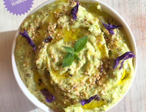 Hummus di broccoli, una vellutata e avvolgente crema che ti conquista in un boccone