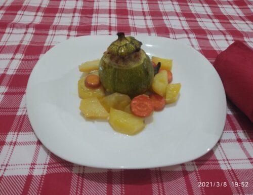 Zucchine ripiene con patate e carote